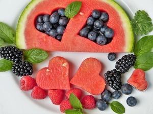 Gute Ernährung mit viel frischem Obst und Gemüse